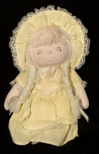 Applause Night Pal ALMA Yellow Girl Doll Plush Lovey 1981