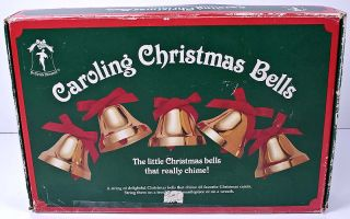 Le Chat Noir Boutique: Ye Merrie Minstrel CAROLING CHRISTMAS Chime ...
