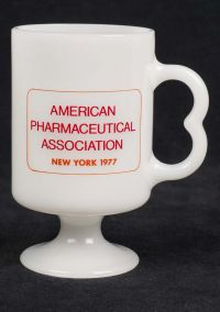American Pharmaceutical Assoc. New York 1977 Novafed Milk Glass Coffee Mug
